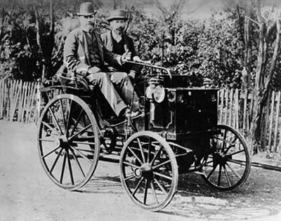 Built Their First Motor Car In 1890 A Mid Engined Dos à Horseless Carriage Ed By V2 Plant Under Licence From Gottlieb Daimler