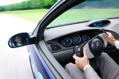 bywire07 - Engellilere otomobil kullanımı için özel donanım seçenekleri ve teknoloji